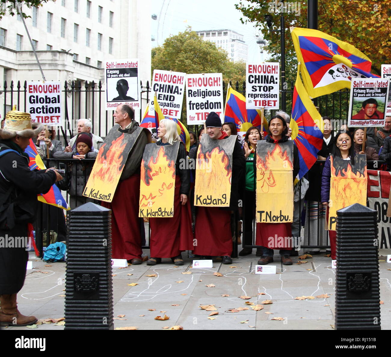 Tibet. Religion. Religious freedom for Tibet. Demonstration against Chinese repression in Tibet. China end occupation in Tibet. Location Whitehall, London, UK. - Stock Image