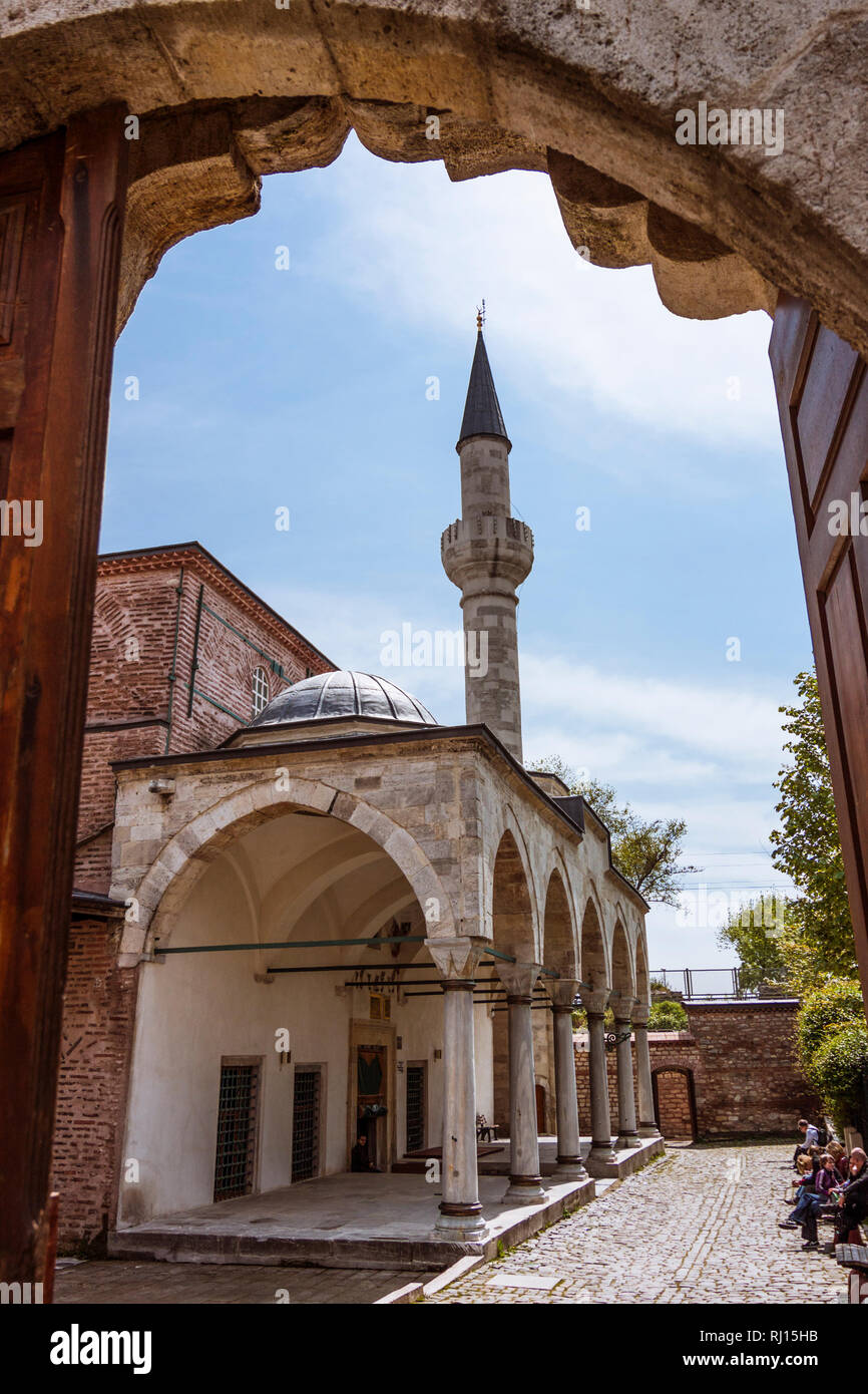 Istanbul, Turkey : Entrance of the Little Hagia Sophia mosque formerly the Byzantine Church of the Saints Sergius and Bacchus. Incidental people in ba - Stock Image