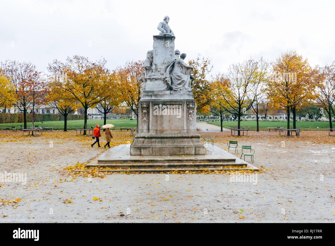 Paris (France) - Garden of Tuileries (Jardin des Tuileries) outside the Louvre Stock Photo