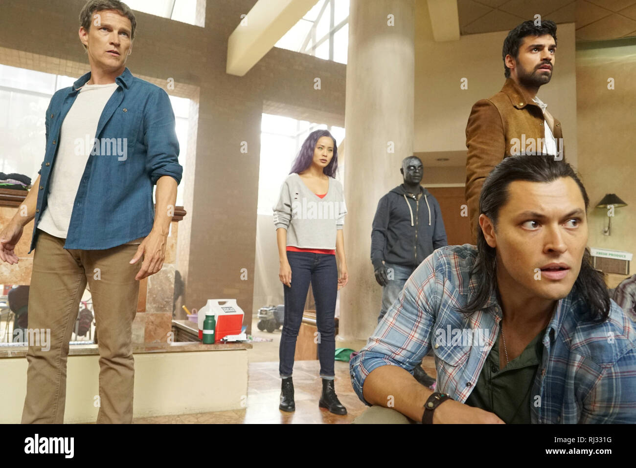 Stephen Moyer, Jamie Chung, Jermaine Rivers, Sean Teale, Blair Redford, 'The Gifted' Season 2 (2019)  Credit: Fox Broadcasting Co. / The Hollywood Archive - Stock Image