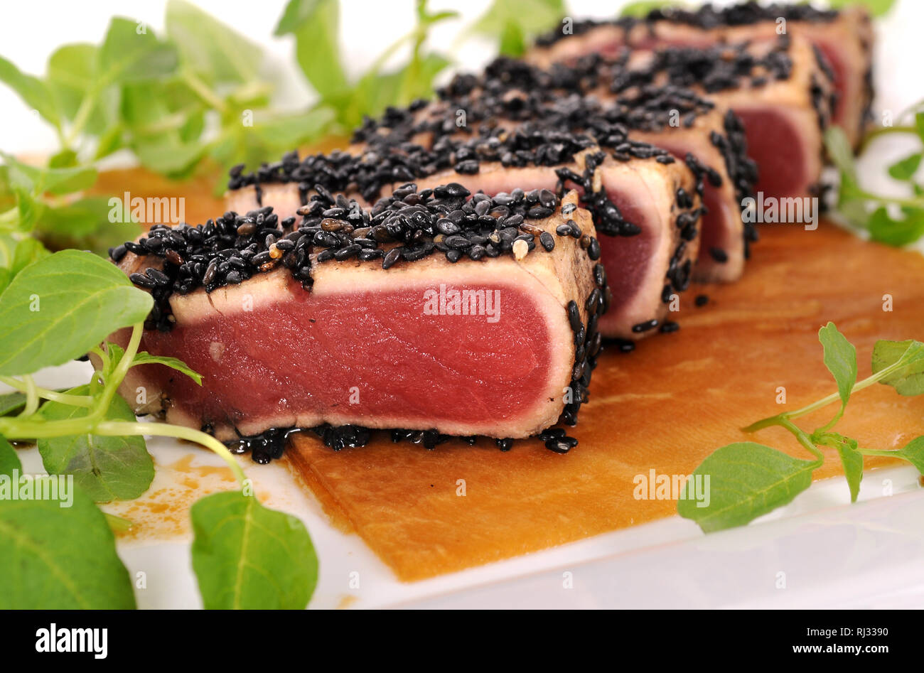 Seared Ahi Stock Photos & Seared Ahi Stock Images - Page 2