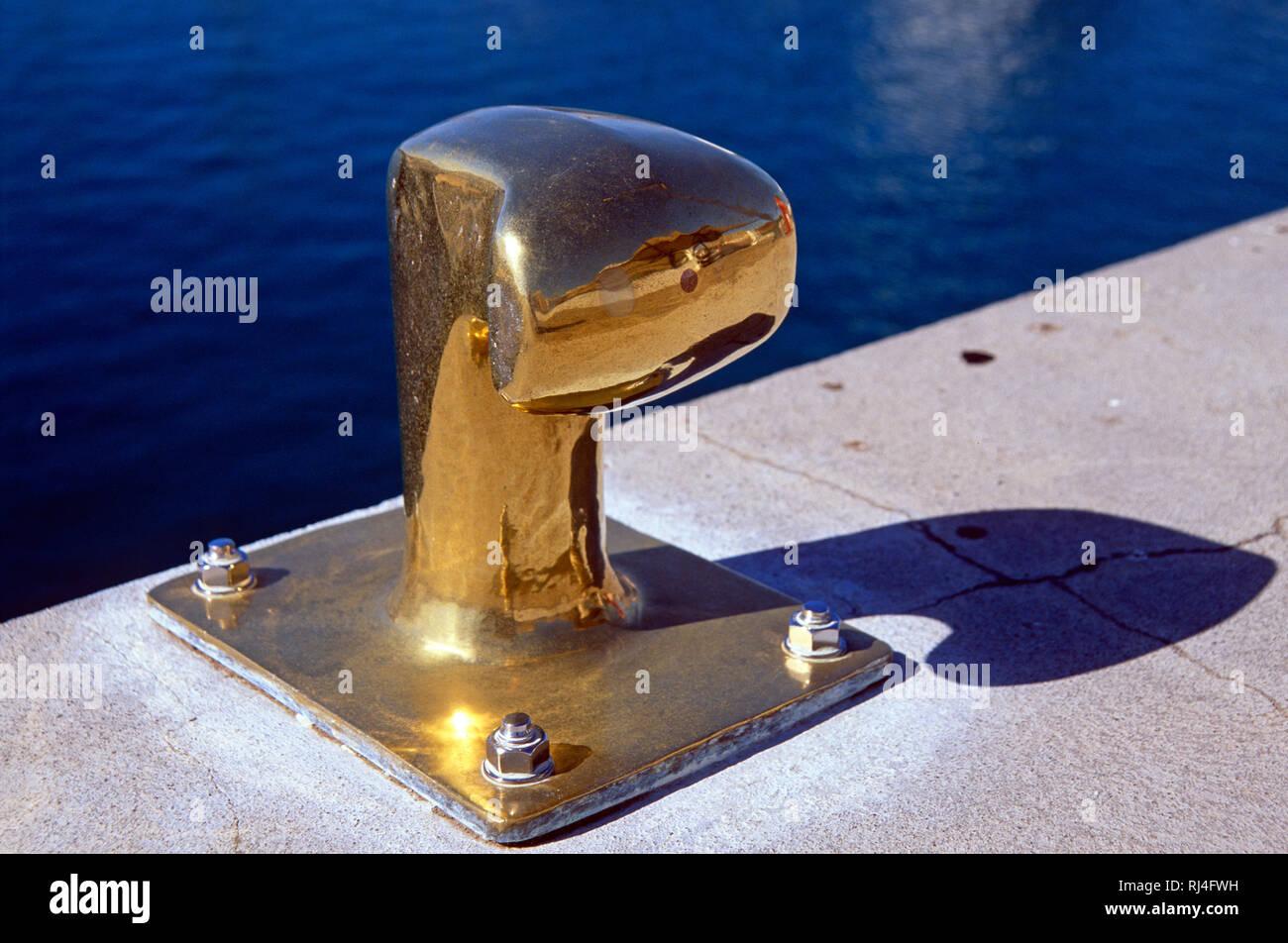 Puerto Calero, Vergoldeter Festmacher - Stock Image
