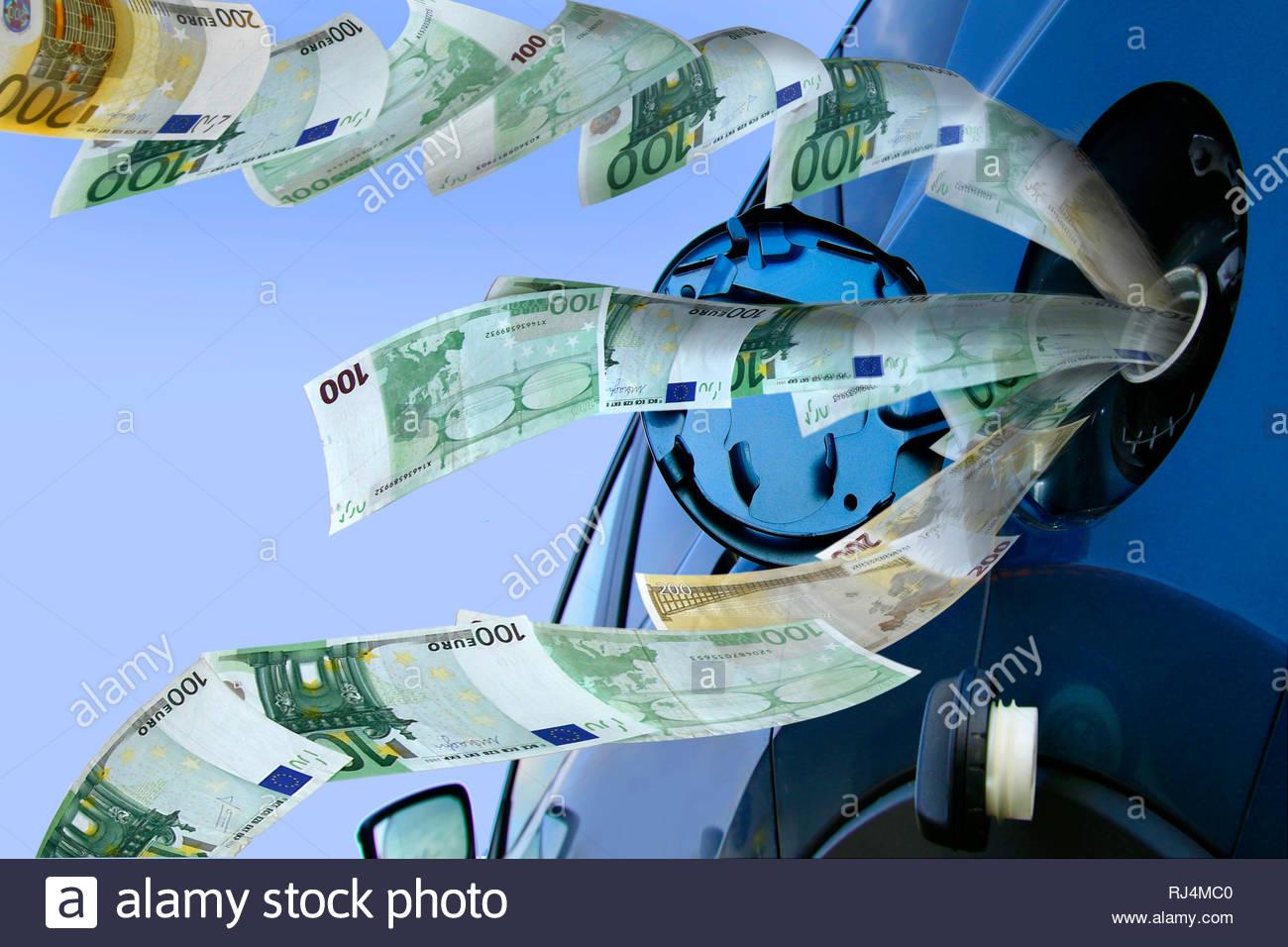 Symbolbild Benzinkosten - Stock Image