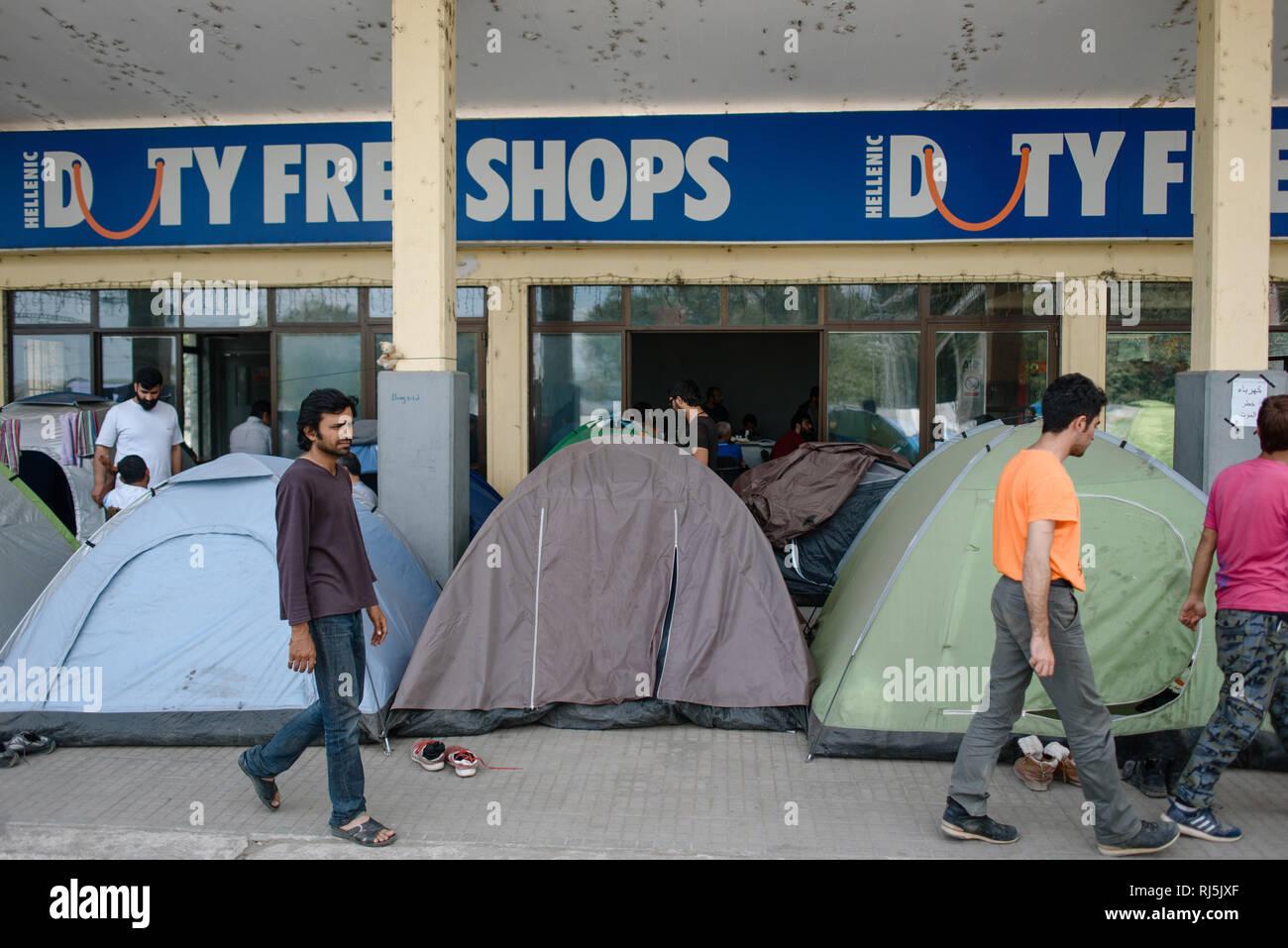 Der Bahnhof von Idomeni wurde Anfang 2016 von Kriegsflüchtlingen aus Syrien und Irak belagert. - Stock Image