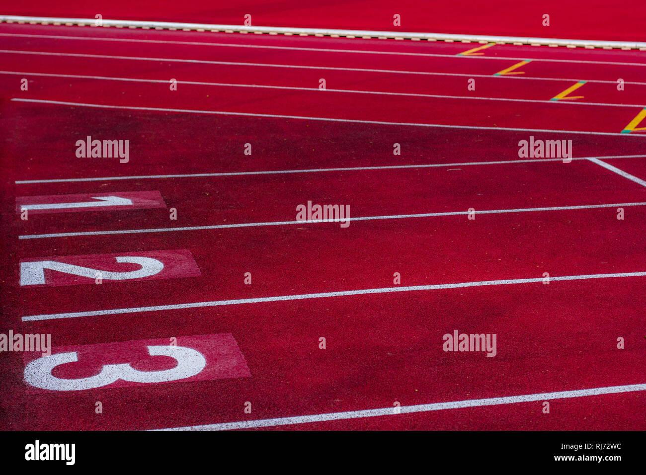 Eine Laufbahn in einem Stadion, - Stock Image