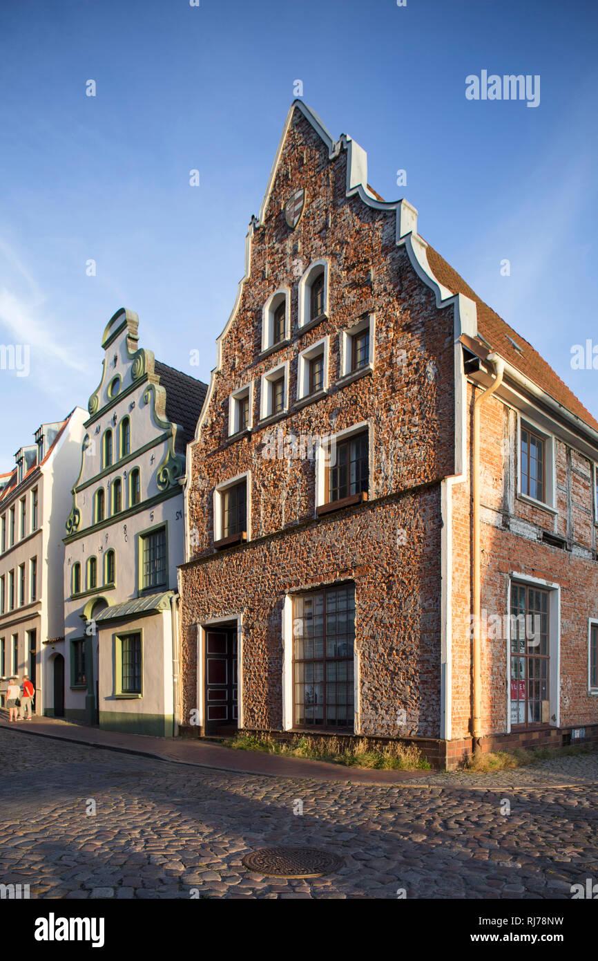 Häuser in der Altstadt von Wismar, nahe Alter Hafen - Stock Image