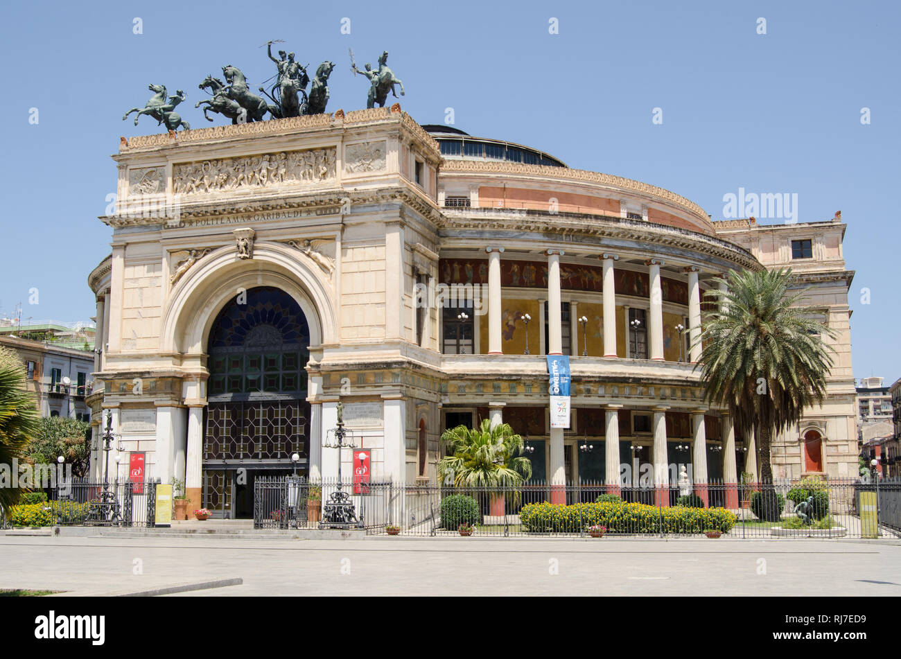The landmark Teatro Politeama in Palermo, Sicily.  Home to the Orchestra Sinfonica Siciliana, the multi purpose concert hall and theatre was built in  Stock Photo