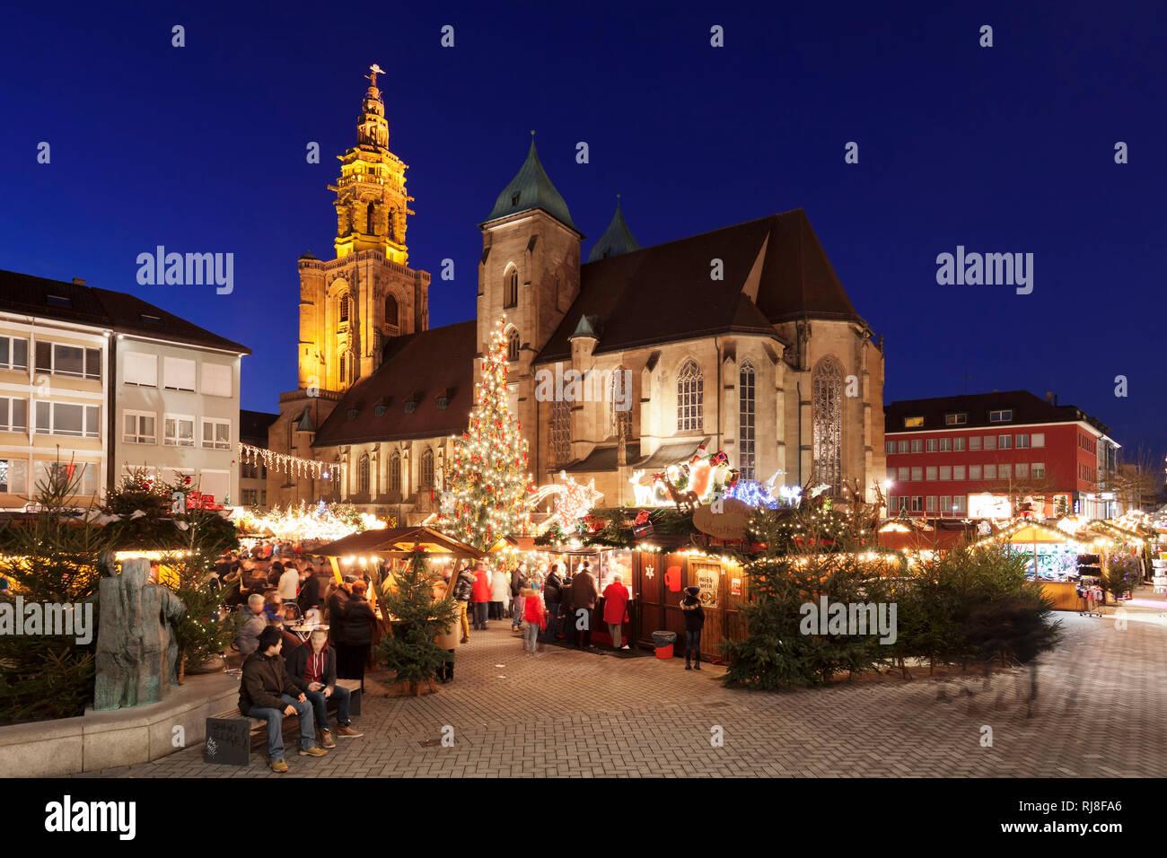 Weihnachtsmarkt Heilbronn.Weihnachtsmarkt Auf Dem Kiliansplatz Vor Der Kilianskirche
