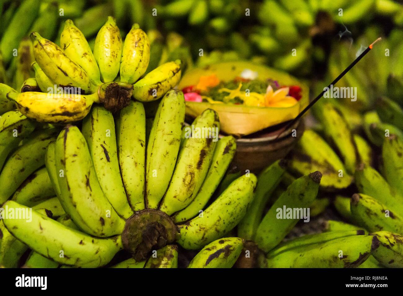 Denpasar, Kumbasari Markt, Verkauf von Bananen - Stock Image