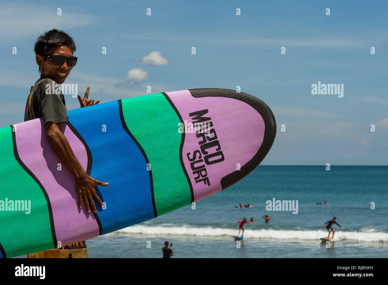 Surfer am Bining Beach - Stock Image