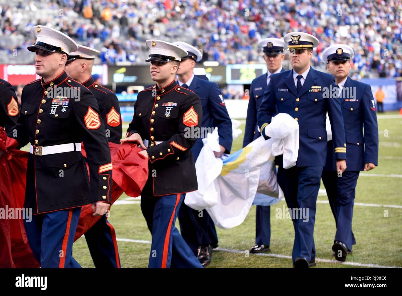 size 40 a17f7 7538d NEW YORK - Servicemembers from all five branches participate ...