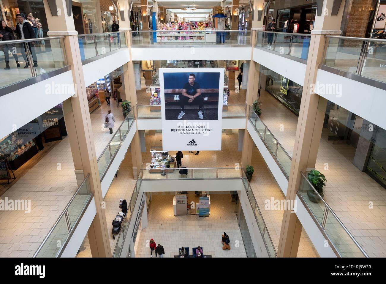 Queens Center Mall High Resolution
