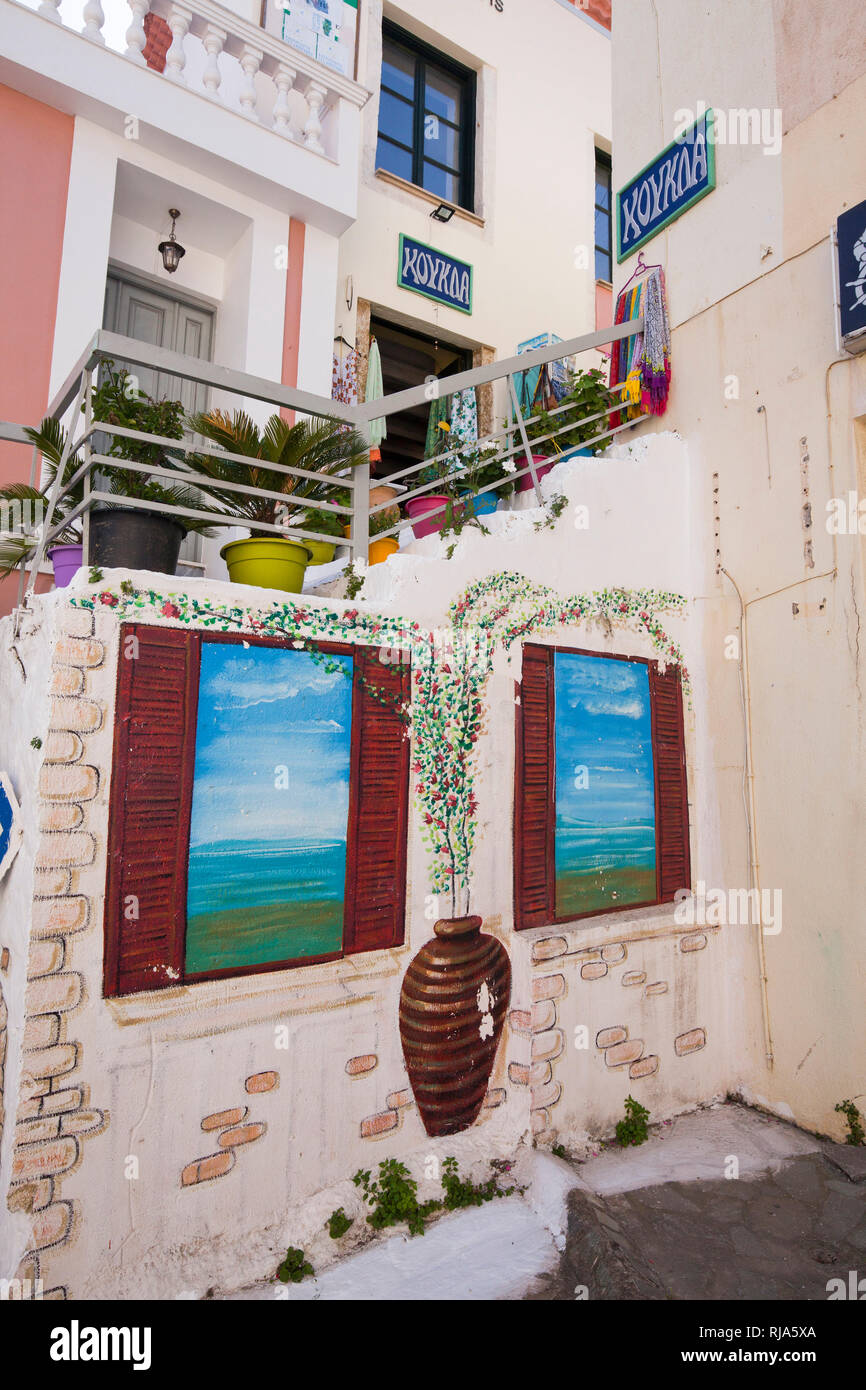 naive Malerei an Außentreppe in Koroni in Griechenland - Stock Image