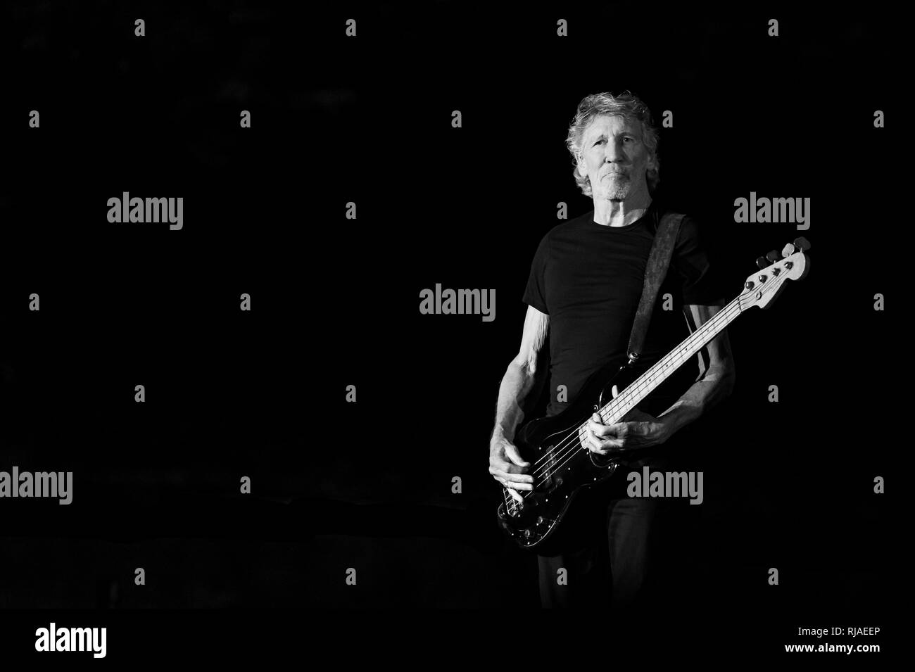 """Lucca, Italy. 11th july, 2018. Italy, Lucca: singer Roger Waters (Pink Floyd) performs live on stage at Lucca Summer Festival 2018  for """"Us + Them"""" tour 2018 - Stock Image"""