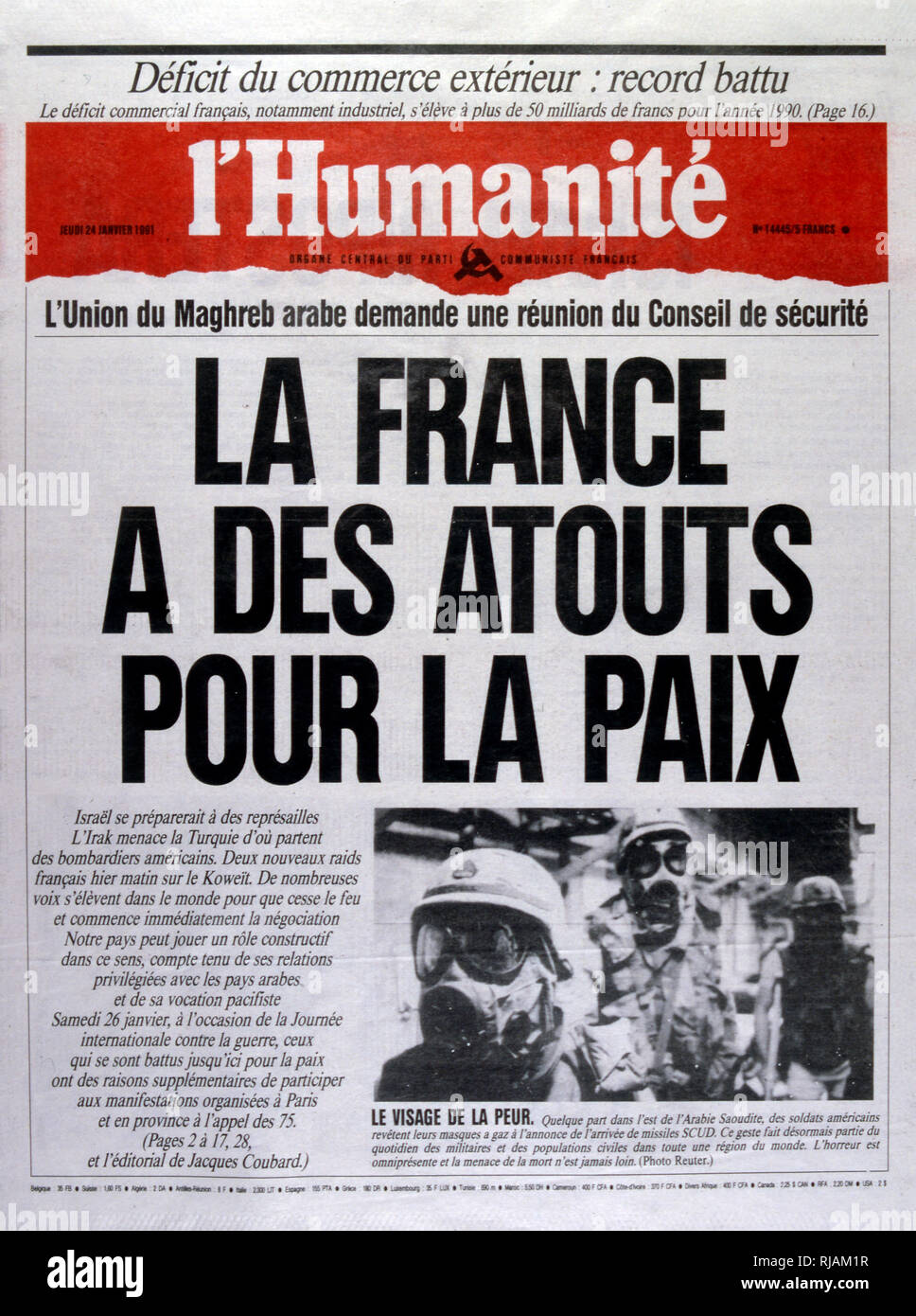 Headline in 'l'Humanite' a French left wing, newspaper, 24th February 1991, against the escalating action in the Gulf War (2 August 1990 - 28 February 1991). codenamed Operation Desert Shield and Operation Desert Storm, the war waged by coalition forces from 35 nations led by the United States against Iraq in response to Iraq's invasion and annexation of Kuwait. - Stock Image