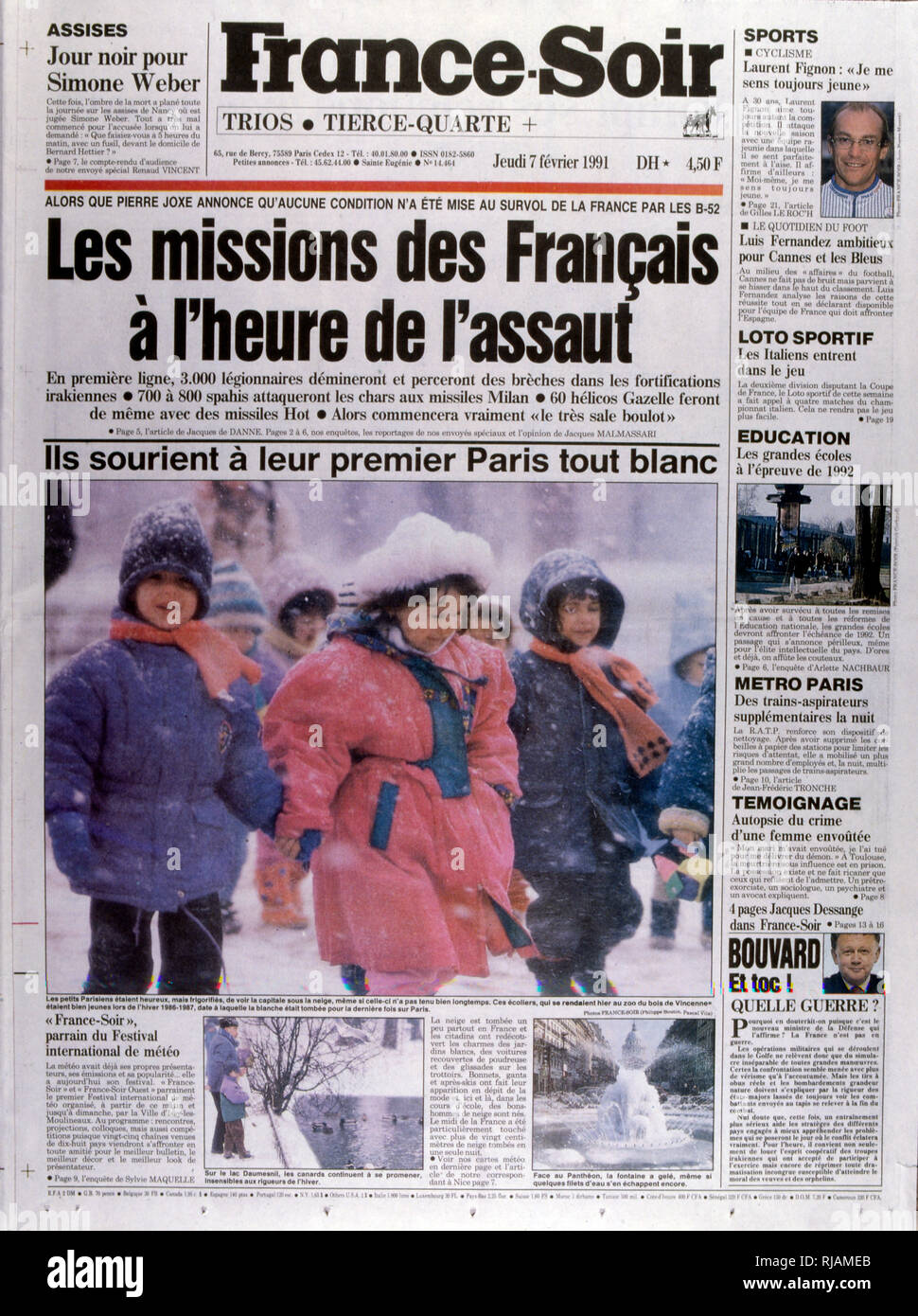 Headline of the French publication 'France-Soir' reporting on the Gulf War; February 1991.  The Gulf War (2 August 1990 - 28 February 1991), codenamed Operation Desert Shield and Operation Desert Storm, was a war waged by coalition forces from 35 nations led by the United States against Iraq in response to Iraq's invasion and annexation of Kuwait. - Stock Image