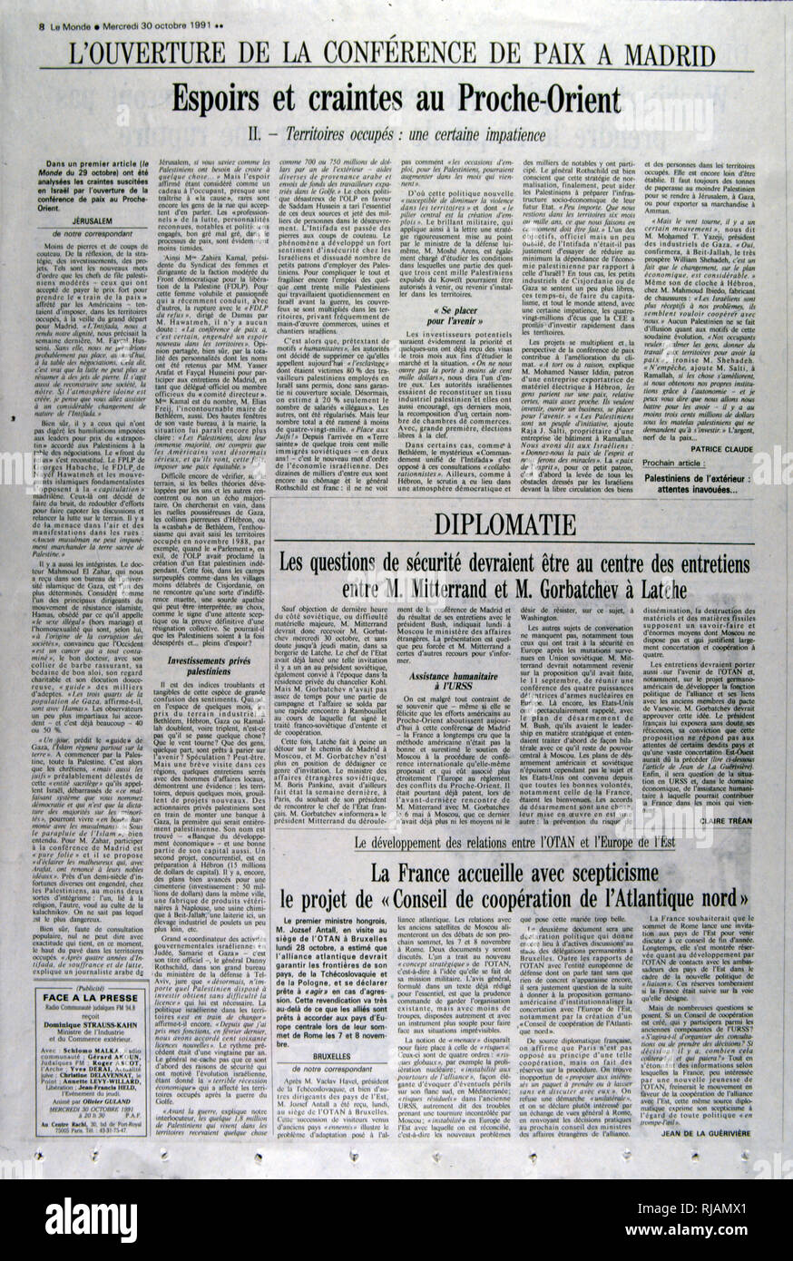 French publication 'Le monde' reporting on the Madrid Conference;  a peace conference, held from 30 October to 1 November 1991 in Madrid, hosted by Spain and co-sponsored by the United States and the Soviet Union. It was an attempt by the international community to revive the Israeli-Palestinian peace process through negotiations, involving Israel and the Palestinians as well as Arab countries, including Jordan, Lebanon and Syria. Stock Photo