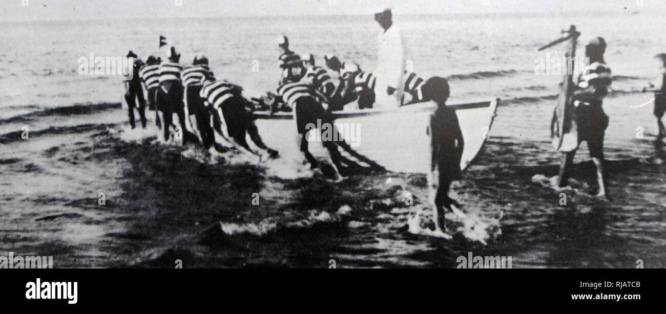 Haganah members of the dolphin sports club practice with small boats in Palestine 1937 - Stock Image