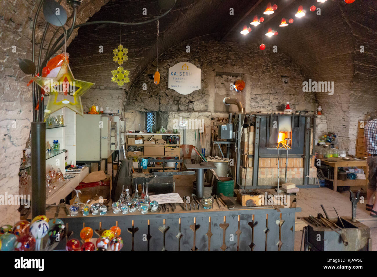 Neuberg an der Mürz , Austria - 15.11.2018: Glass manufature Kaiserhof Glass manufacture with colorful glassware at glass factory workshop workhouse - Stock Image