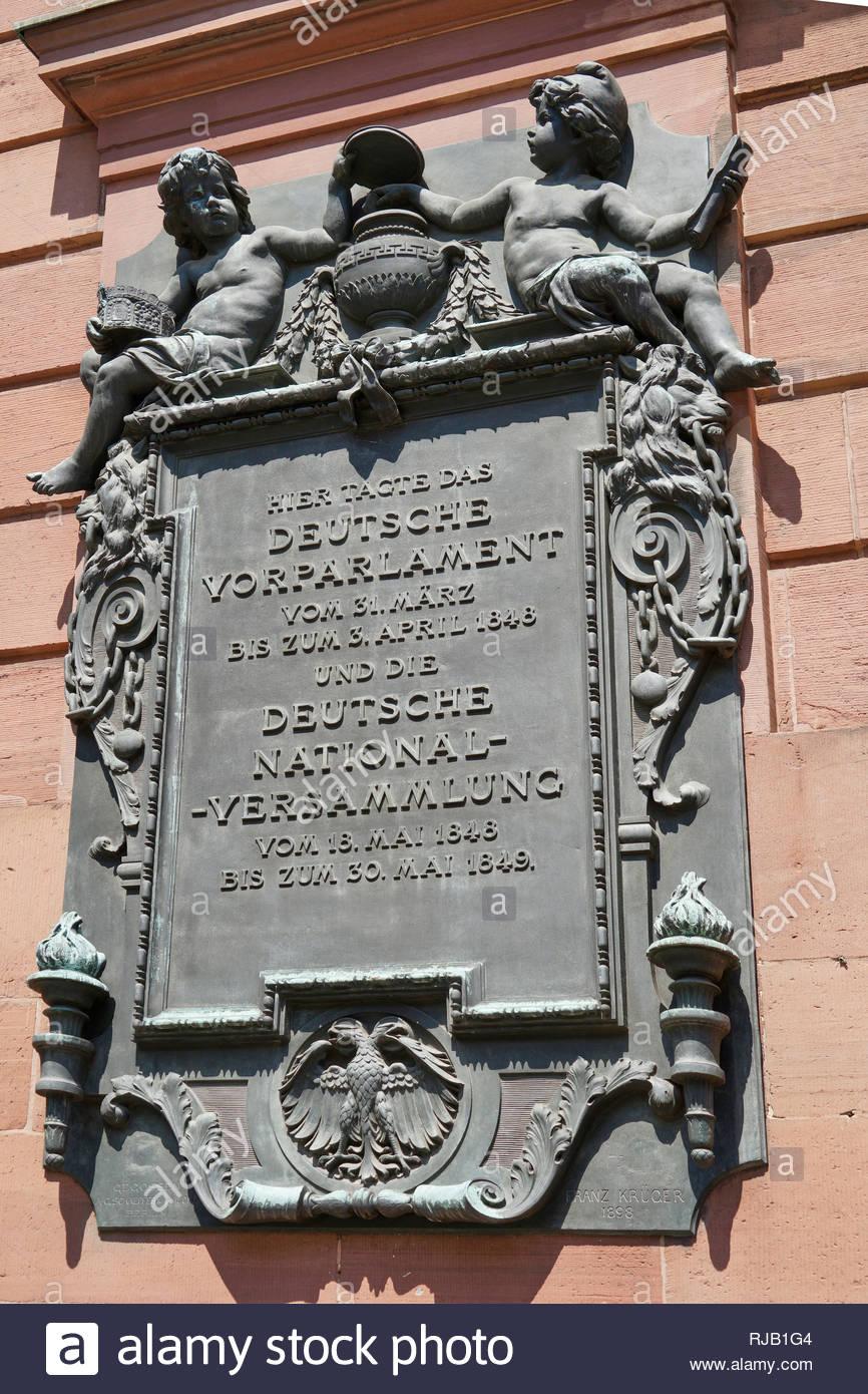 Deutschland, Hessen, Frankfurt am Main, Stadtmitte,  Paulskirche, Gedenktafel an das erste deutsche Parlament 1848 - Stock Image
