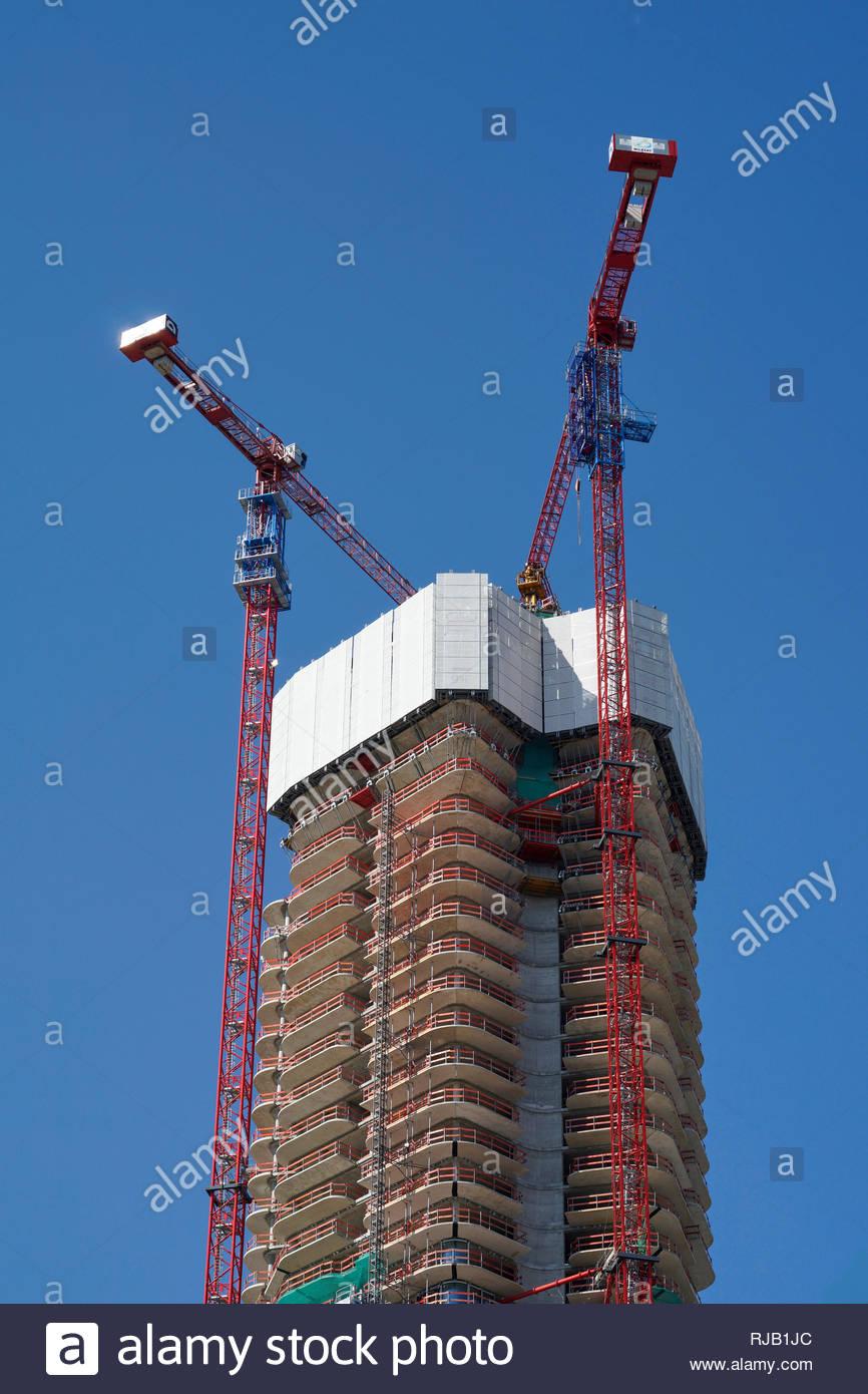 Deutschland, Hessen, Frankfurt am Main, Bau eines  Hochhauses, Kräne, Gerüst - Stock Image