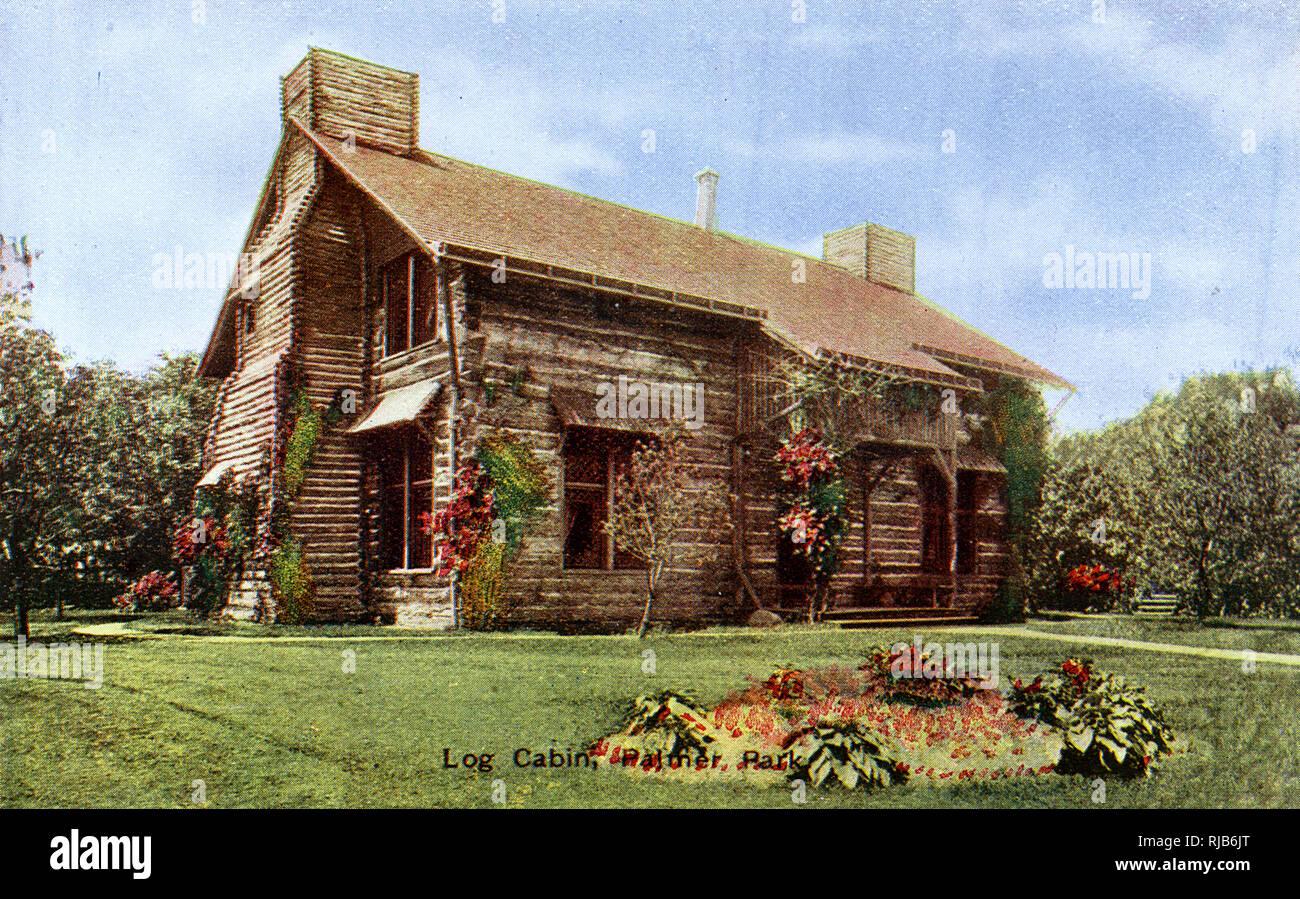 Detroit, Michigan, USA - Log Cabin in Palmer Park Stock