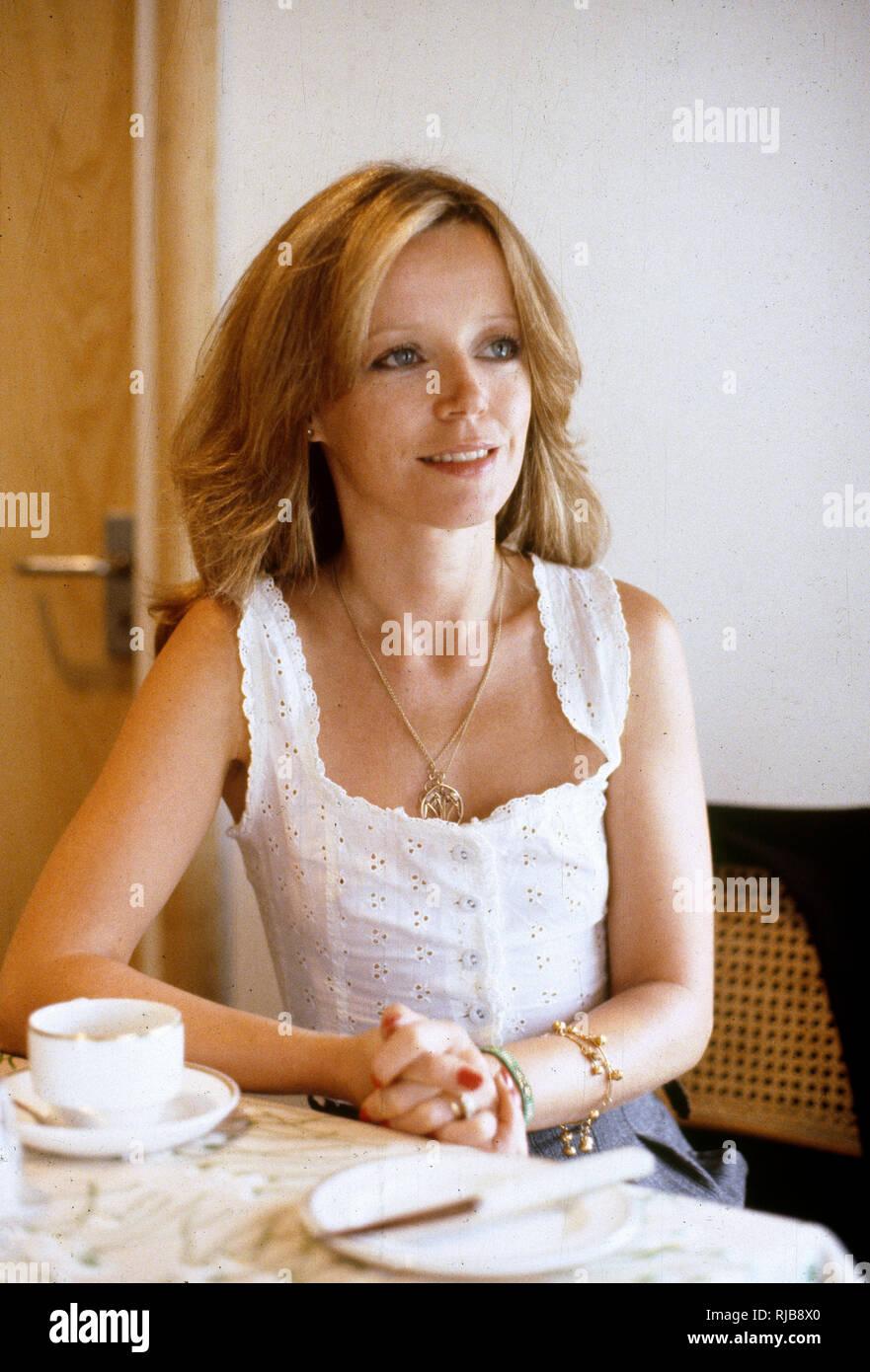 Gloria LeRoy,Molly Dunsworth Adult images Julia Murney,Mariel Hemingway born November 22, 1961 (age 56)