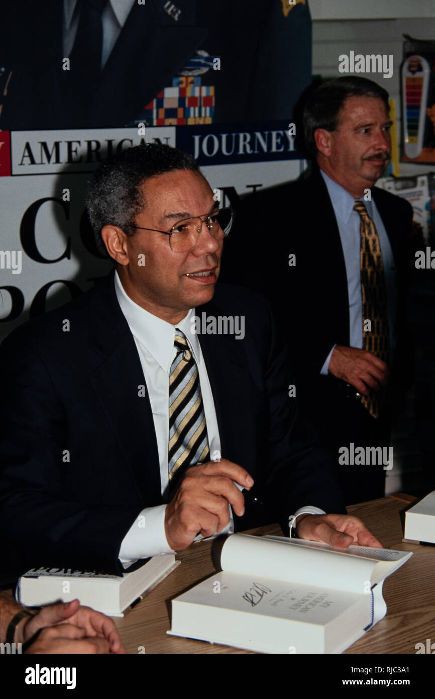 Retired U S  Army General Colin Powell during a signing of his book
