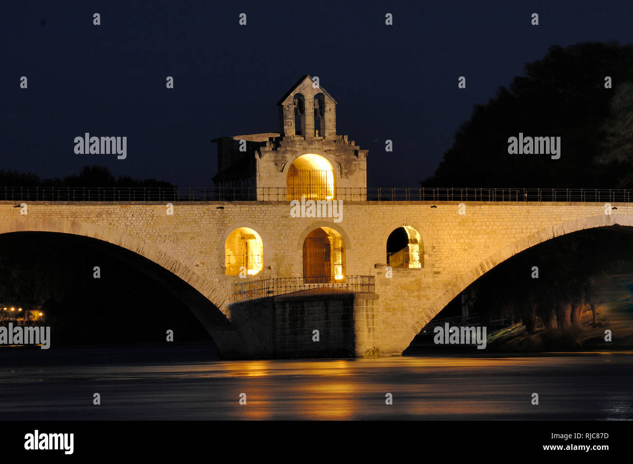 Night View of the Medieval Pont d'Avignon, Pont Saint Benezet or Pont Saint-Bénézet over the River Rhône Avignon Vaucluse Provence France - Stock Image
