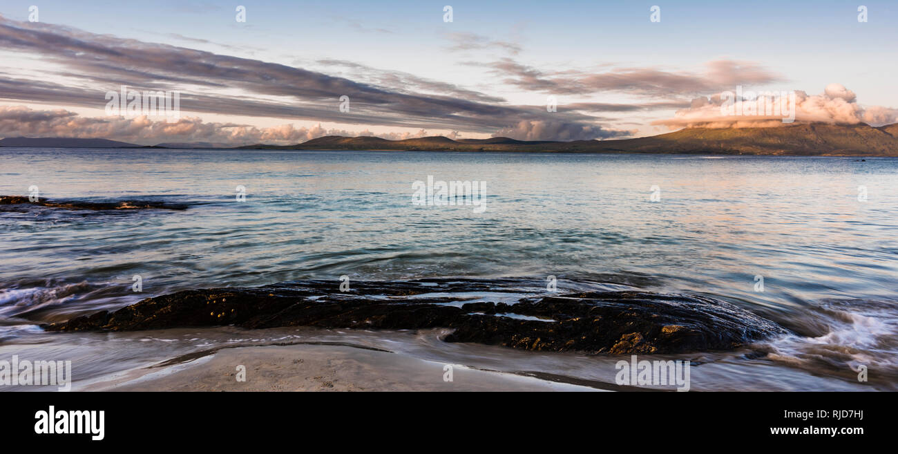Renvyle Beach, Renvyle Peninsula, Connemara, County Galway, Ireland, looking towards north Mayo - Stock Image