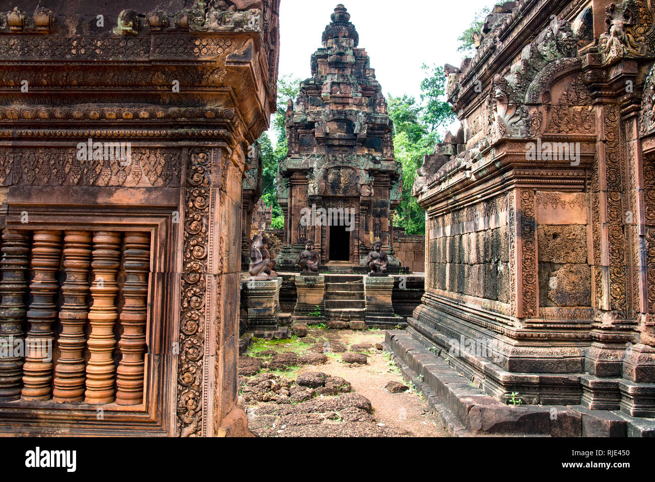 Interior of Banteay Srei Angkor Wat Temple - Stock Image