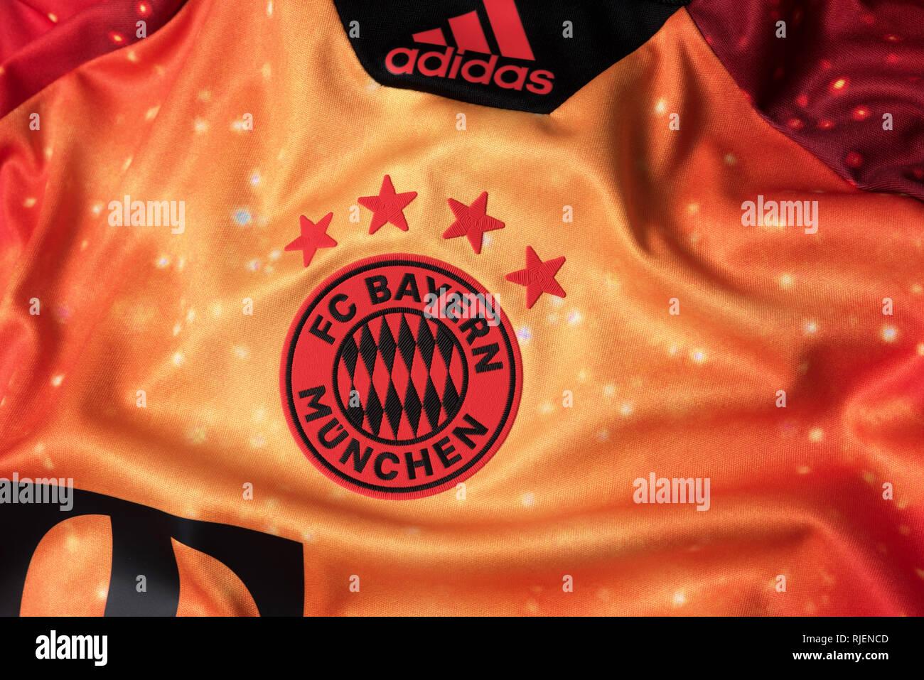 timeless design 4bd51 9b3f7 Fc Bayern Munich Jersey Stock Photos & Fc Bayern Munich ...