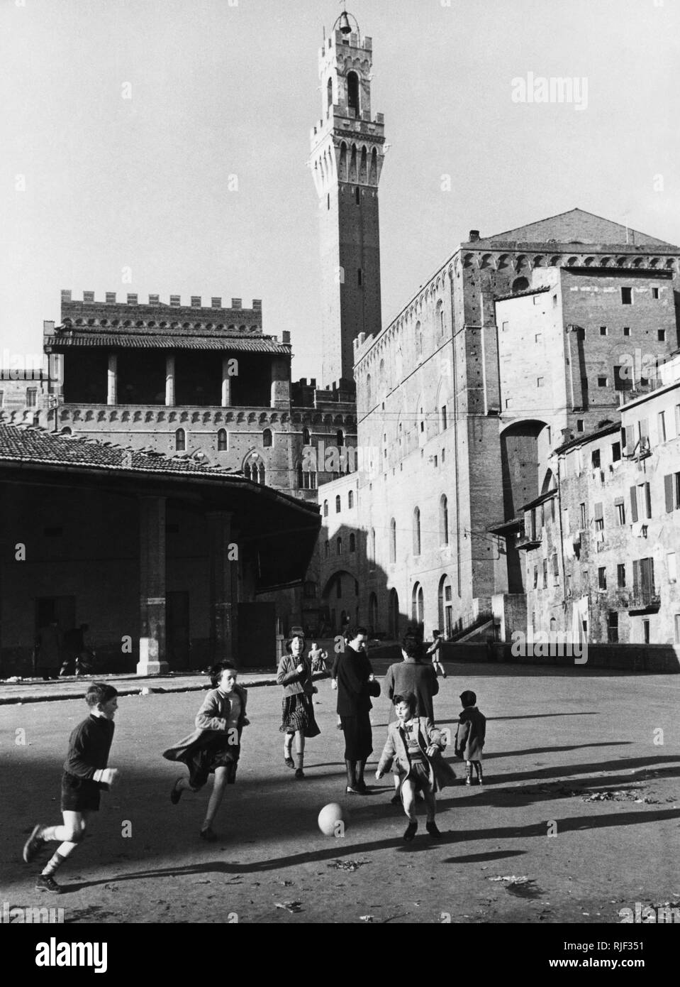 piazza del mercato, siena, tuscany, italy 1958 - Stock Image