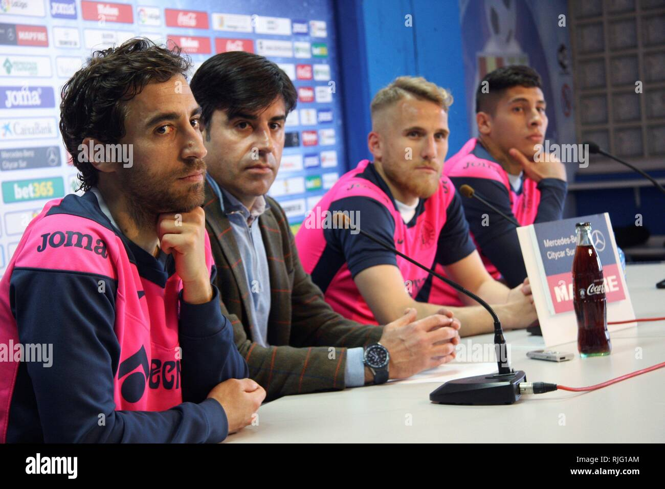 Getafe's French midfielder Mathier Flamini (L), winger Samu Saiz (2-R) and Uruguayan defender Mathias Olivera (R) attend a presentation during their presentation in Getafe, Spain, 06 February 2019. EFE/ Carlos Mateos - Stock Image