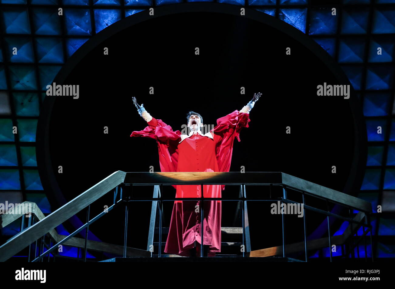 Moscow, Russia. 06th Feb, 2019. MOSCOW, RUSSIA - FEBRUARY 6, 2019: Actor Oleg Plaksin as Cardinal Richelieu in a scene from the Dyuma production based on a play by Ivan Okhlobystin and staged by Mikhail Yefremov at Sovremennik Theatre. Vyacheslav Prokofyev/TASS Credit: ITAR-TASS News Agency/Alamy Live News - Stock Image