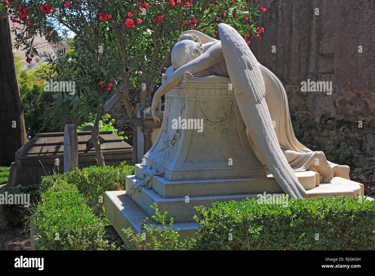 Angel of Grief, the grave of  William Wetmore Story, The Cimitero Acattolico, Non-Catholic Cemetery of Rome, Cimitero dei protestanti, Protestant Ceme - Stock Image