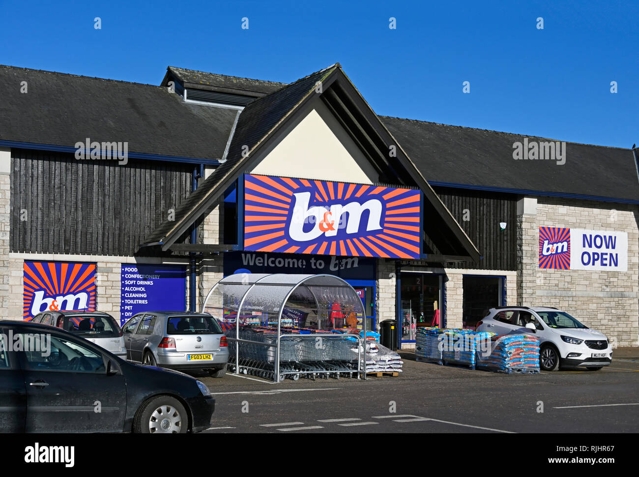 B & M Store. The Old Showground, Kendal, Cumbria, England, United Kingdom, Europe. - Stock Image