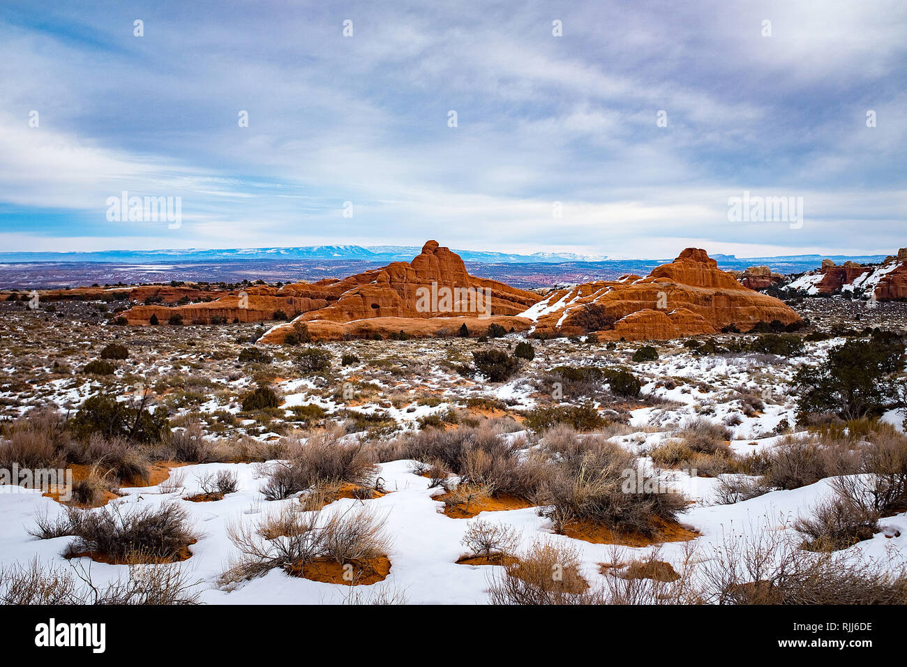 January 2019: A snow covered Devil's Garden Trail in Arches National Park, Moab, Utah. - Stock Image
