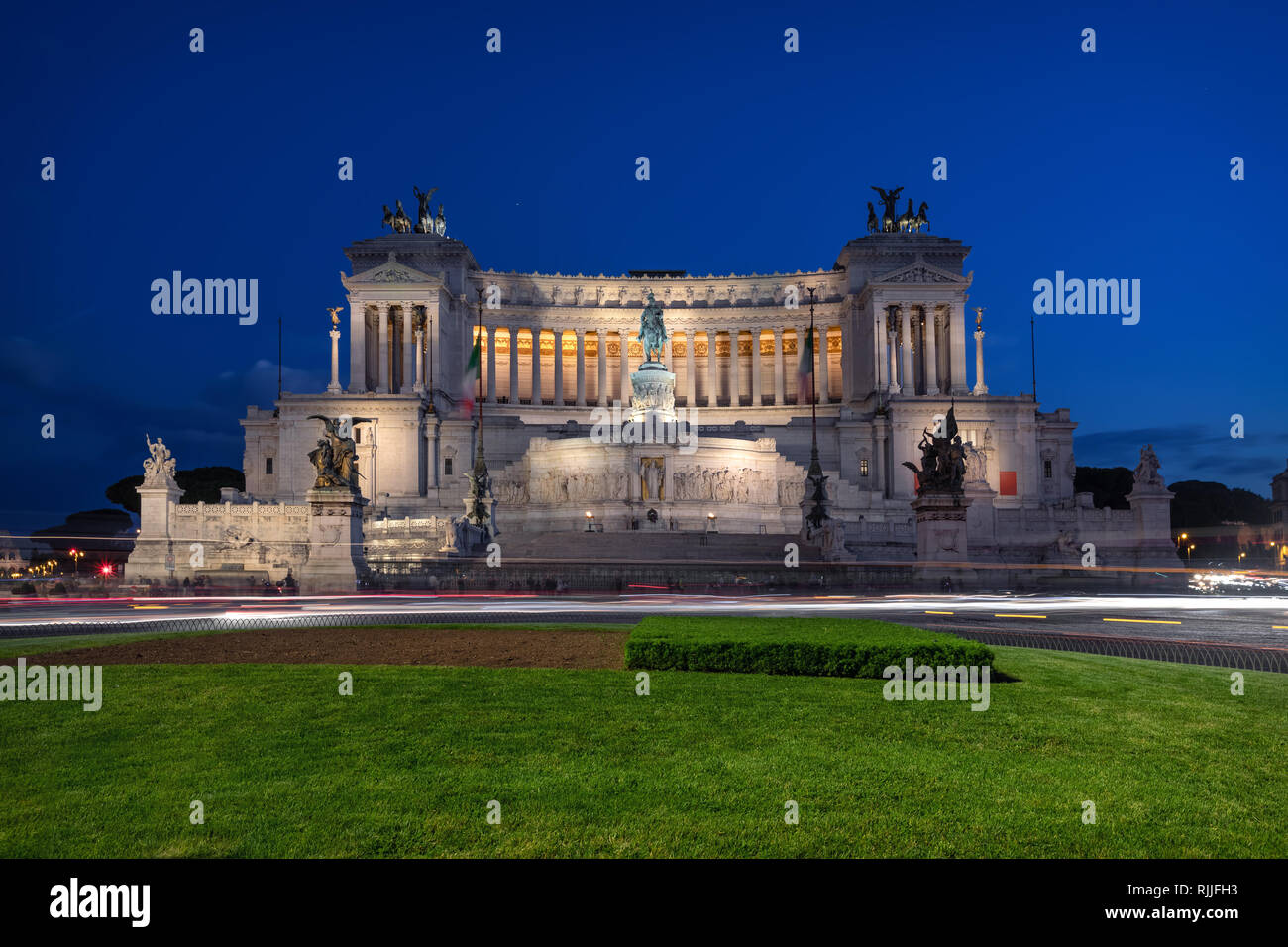 Rome, Italy at dusk. Altare della Patria (Altar of the Fatherland),  also known as the National Monument to Victor Emmanuel II - Stock Image