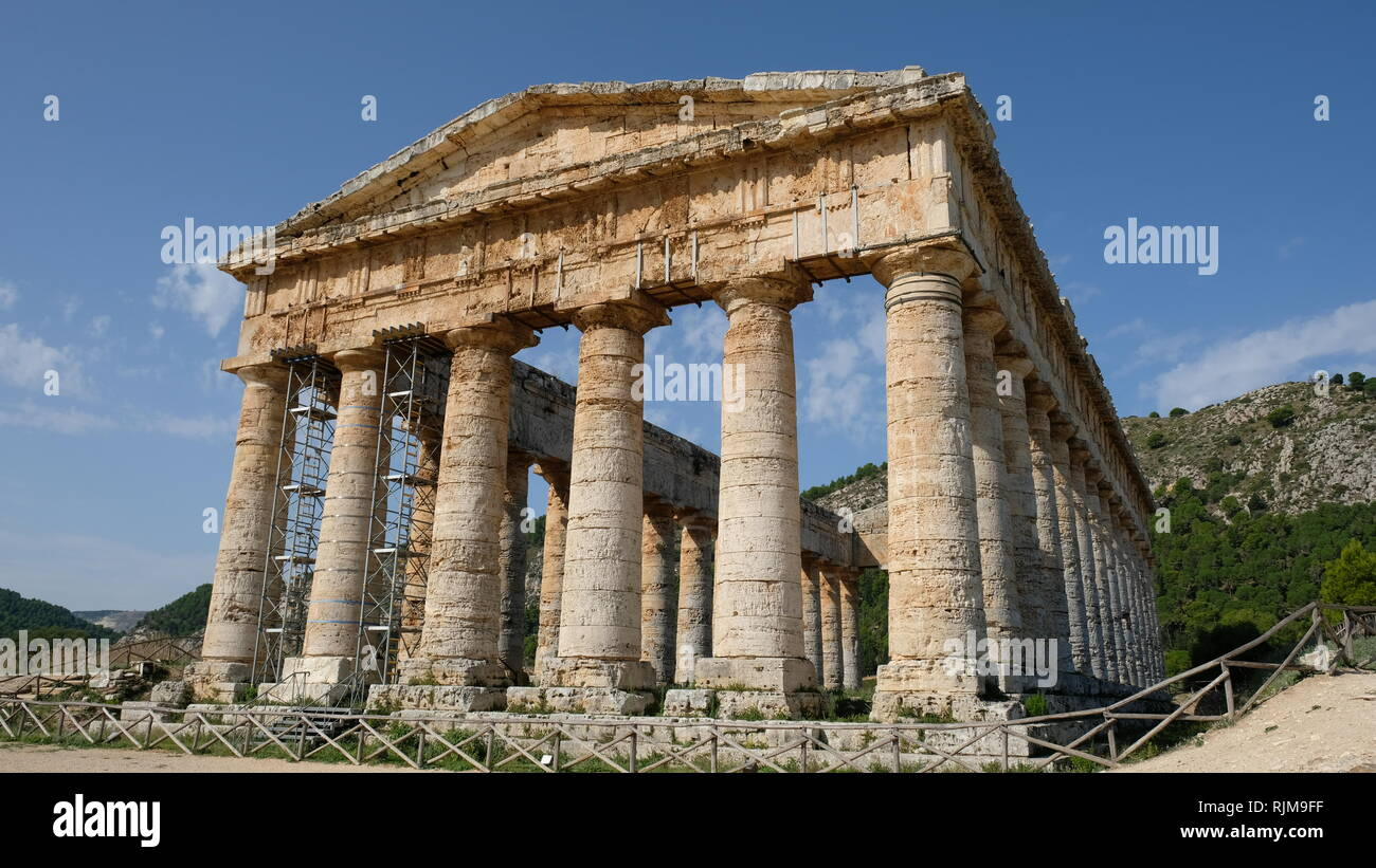 Segesta, Province of Trapani, Sicily. Segesta is one of the best preserved and most beautiful of the Greek archaeological sites in the Mediterranean. - Stock Image