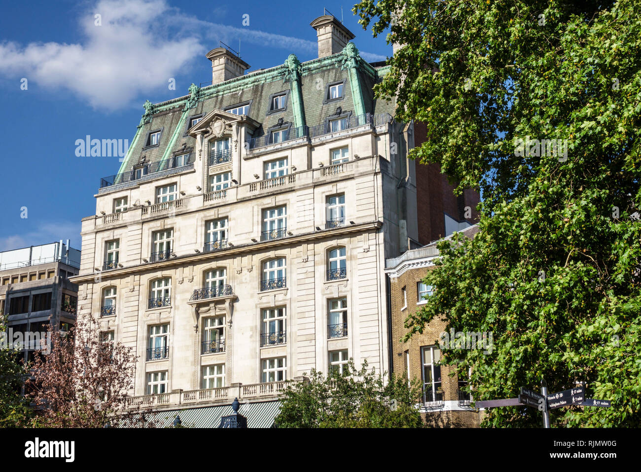 London England United Kingdom Great Britain West End Piccadilly Green Park Ritz Carlton Hotel historic Grade II listed building 5-star luxury hotel ex - Stock Image