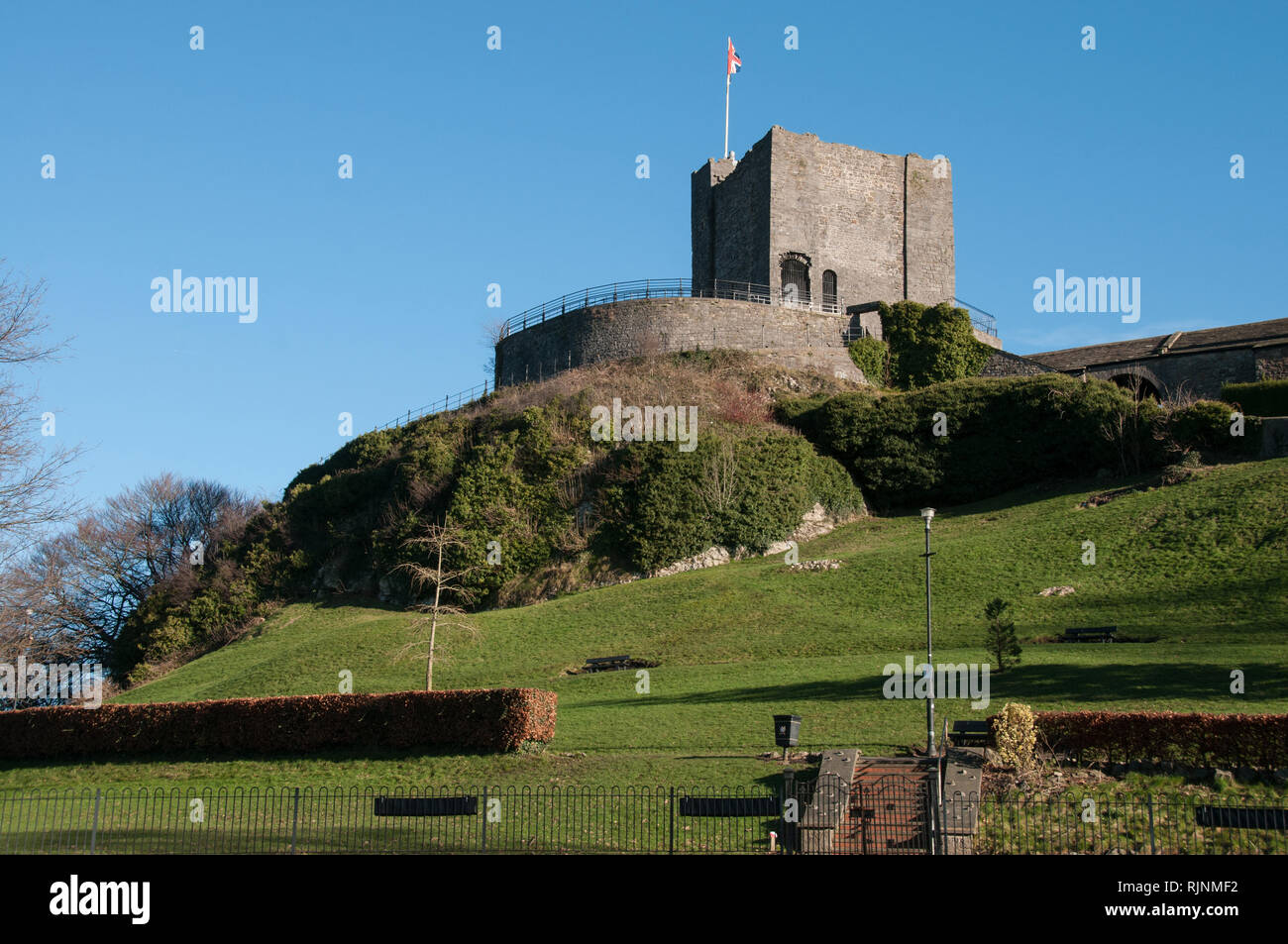 The Grade 1 Listed Castle Keep of Clitheroe castle. A good day out for all the family. - Stock Image