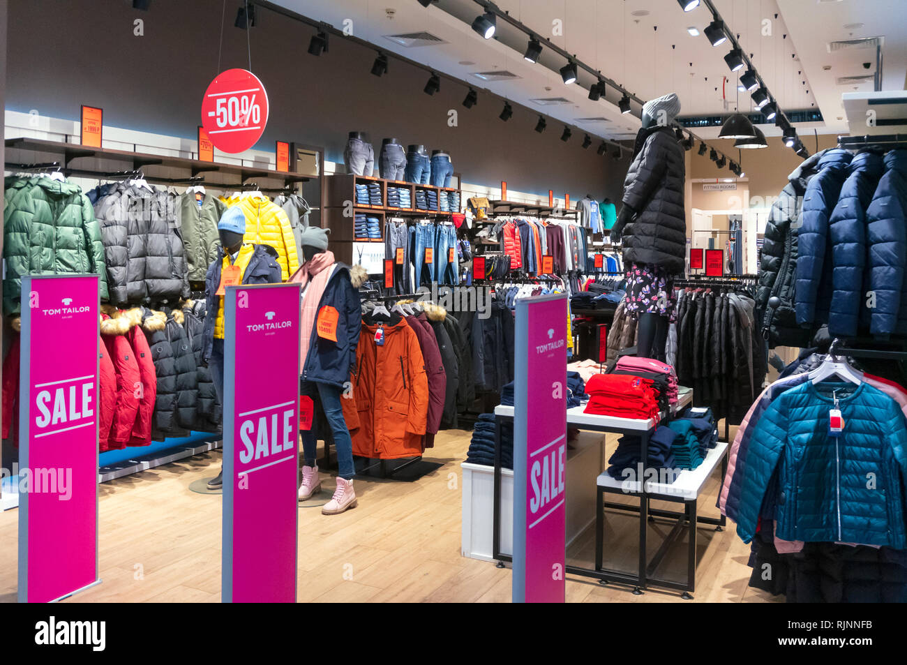 Clothing Store Interior Design Stock Photos & Clothing Store ...