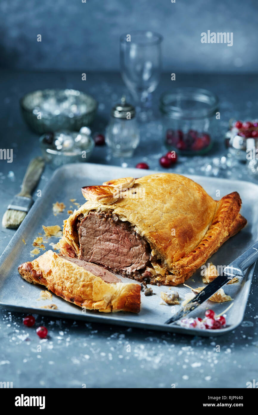 Christmas Dinner In A Tin.Beef Wellington In Roasting Tin Seasonal Christmas Food