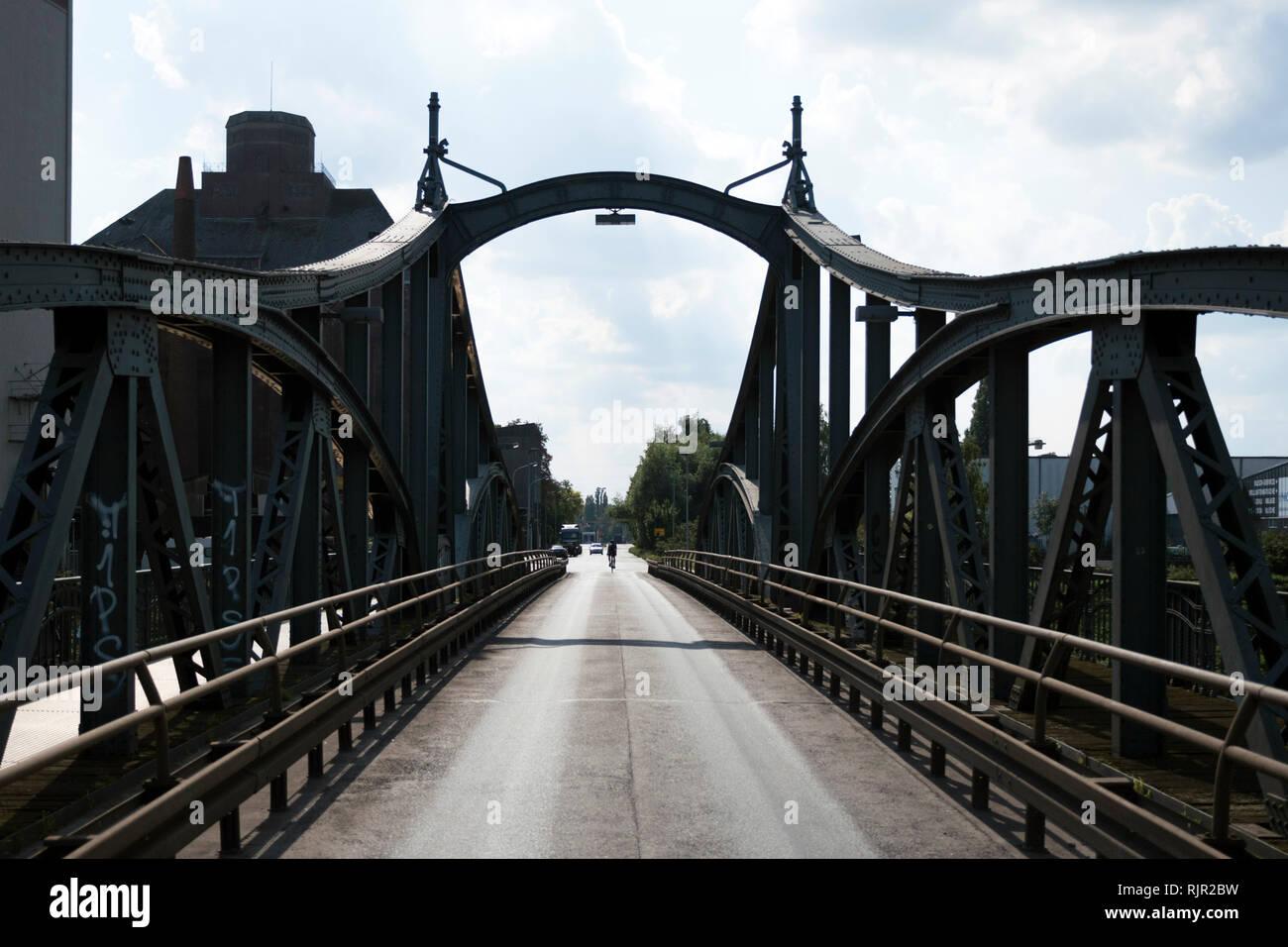 Historic steel bridge in the Krefelder Rheinhafen Stock Photo