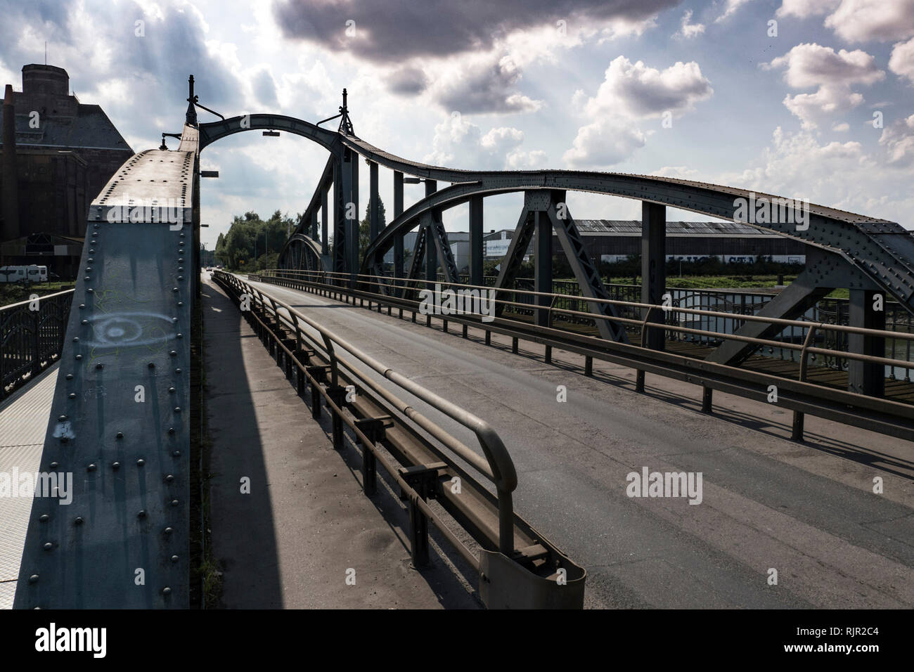 Historic steel bridge in the Krefelder Rheinhafen Stock Photo