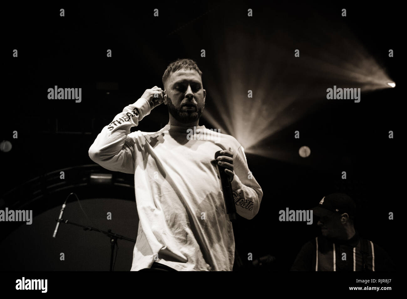 Issues live at o2 Victoria warehouse February 2019 - Stock Image