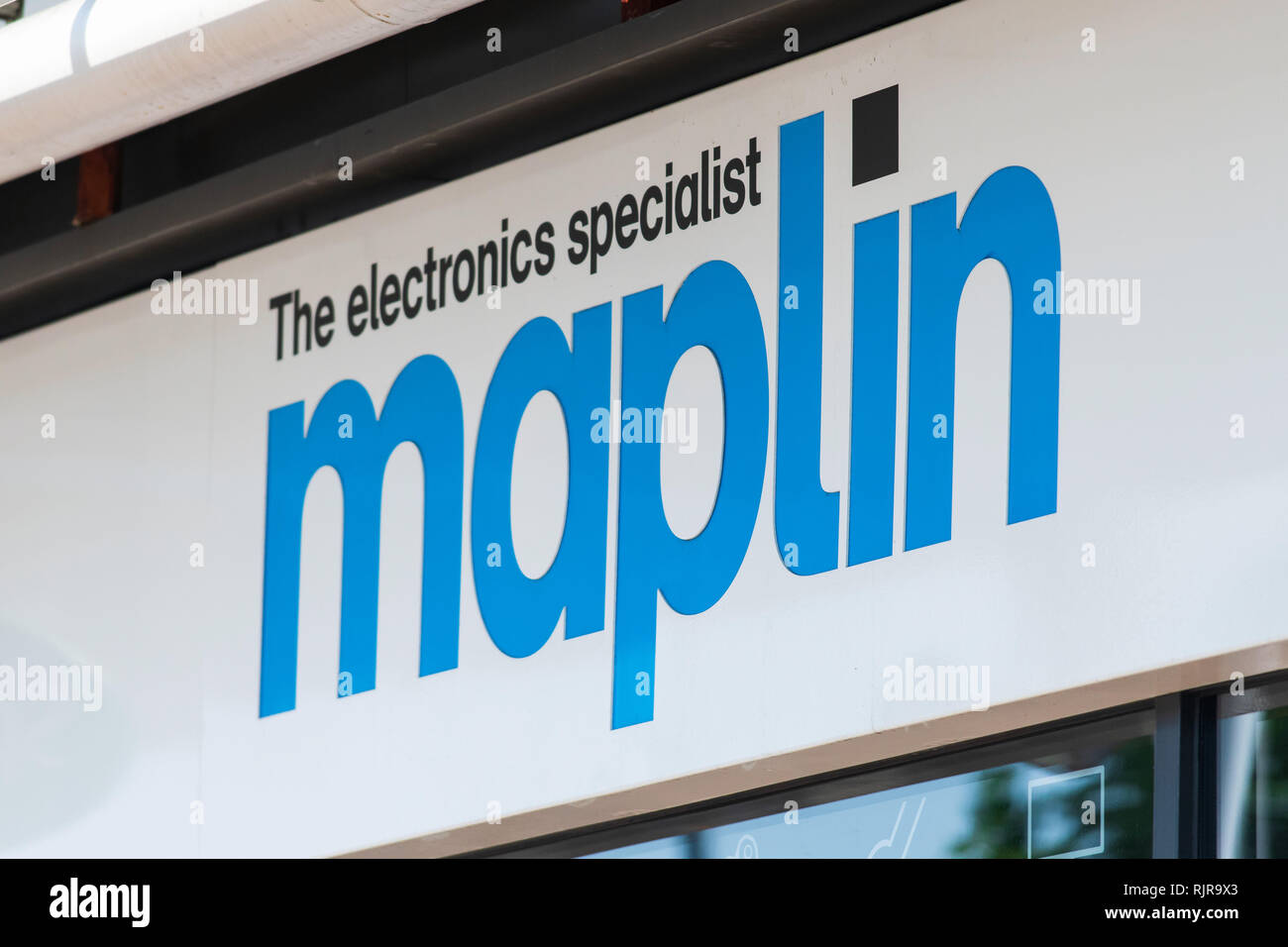 A Maplin electronics store sign in the UK. - Stock Image
