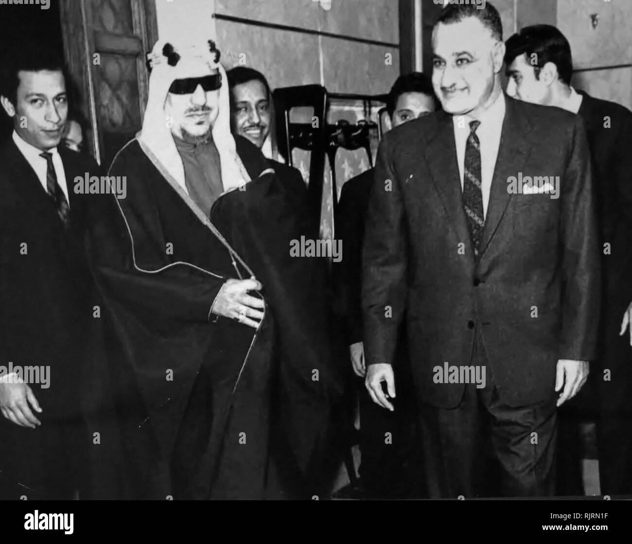 President Gamal Nasser of Egypt with Saud bin Abdul-Aziz Al Saud (1902 - 1969), King of Saudi Arabia from 1953 to 1964. - Stock Image