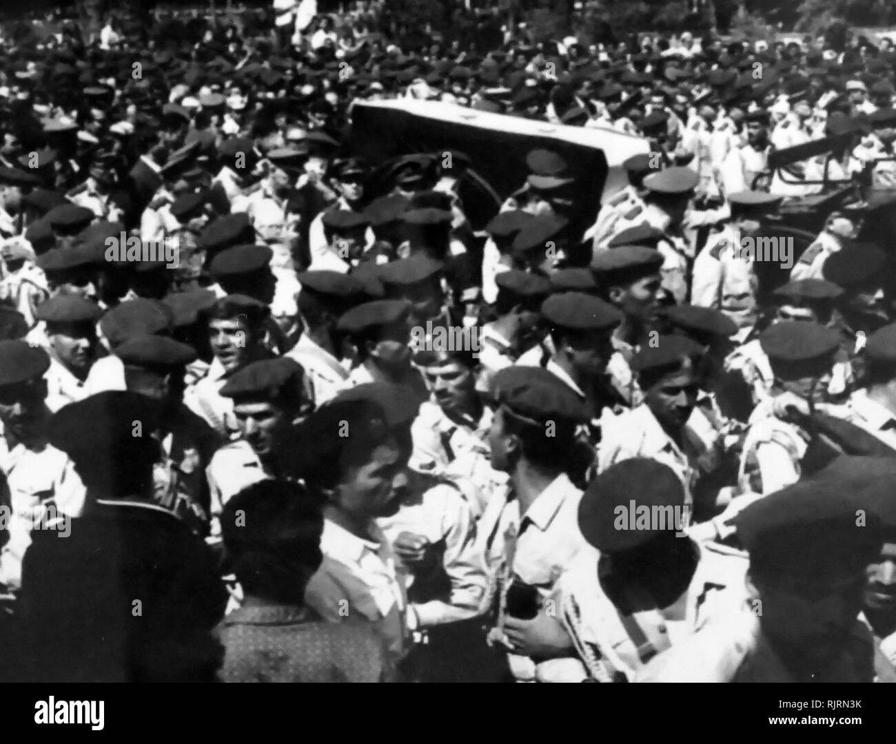 Funeral of Gamal Abdel Nasser (1918 - 1970), President of Egypt, serving from 1956 until his death in 1970. Nasser led the 1952 overthrow of the monarchy and introduced far-reaching land reforms the following year - Stock Image